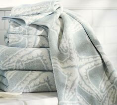 Starfish Jacquard 650-gram Weight Bath Towels #potterybarn