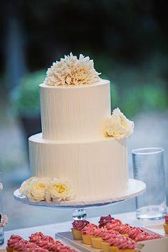 Wedding displays , cookies, wedding cakes