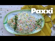Ρώσικη σαλάτα | Συνοδευτικό για το Πασχαλινό Τραπέζι | Paxxi (E250) - YouTube Greek Recipes, Cheese, Breakfast, Easter, Food, Youtube, Greek, Morning Coffee, Meal