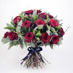Valentine's Day 2016 : Red Rose Bouquets | Flowerona (Bouquet by McQueens)