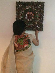 Mural patch on back for plain saree Saree Blouse Patterns, Saree Blouse Designs, Indian Attire, Indian Outfits, Saree Painting, Hand Painted Sarees, Sari Design, Modern Saree, Indian Blouse