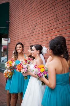I knew this couple was awesome the very minute I read that they letterpresses and edged their own invites and save-the-dates. I mean, that's some serious dedication to DIYing their Big Day. Bridesmaid Flowers, Bridesmaid Dresses, Wedding Dresses, Bridesmaids, Summer Wedding Colors, Wedding Colours, Punk Wedding, Wedding Color Pallet, Ever After
