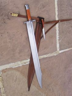 Circa 1500 Messer The name of course means 'knife' in German, it gets this designation because of the way it is constructed, but it is in fact common form of short sword that was popular from the late through the This example is a composite of a few[. Swords And Daggers, Knives And Swords, Broad Sword, Dagger Knife, Medieval Weapons, Cool Knives, Arm Armor, Fantasy Weapons, Knife Making