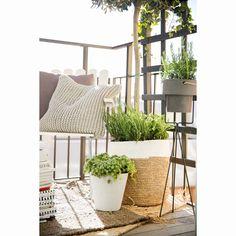 Raffia kurv 2-pack, natur/hvit – Bloomingville – Kjøp møbler online på ROOM21.no