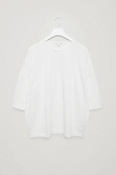 COS | Oversized t-shirt