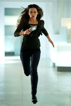 I have a new idol when it comes to firness inspiration....Total Recall (2012) (2012) -   Kate Beckinsale