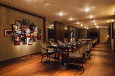 アジア初上陸「ハイアット セントリック」の内部公開、ミレニアル世代がターゲット Bar Lounge, Park Hotel, Liquor Cabinet, Conference Room, Display, Interior, Table, Furniture, Design