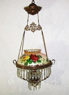 ANTIQUE-VICTORIAN-BRASS-HANGING-PARLOR-OIL-LAMP-w-HP-FLORAL-SHADE-ROSES