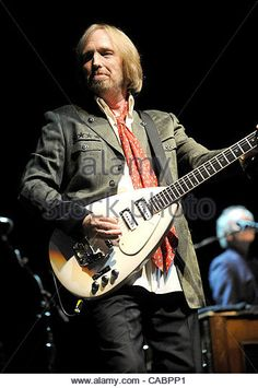 Sept 18, 2010 - Raleigh, North Carolina; USA - Musician TOM PETTY and the Heartbreakers performs live as their 2010 Tour makes a stop at the Time Warner Cable Music Pavilion located in Raleigh.  Copyright 2010 Jason Moore. (Credit Image: © Jason Moore/ZUMApress.com) - Stock Image