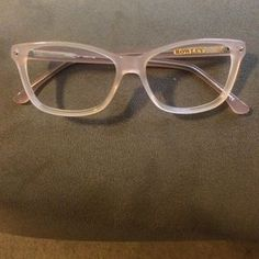 Beautiful nude eyeglass frames Excellent condition and a wonderful accessory! Nude / peach eyeglasses by Cynthia Rowley. I took my lenses out and had them professianally cleaned. Perfect pre owned condition:-) Cynthia Rowley Accessories Optical Frames, Cynthia Rowley, Eye Glasses, Lenses, Nude, Customer Support, Eyewear, Peach, Delivery