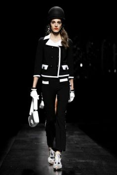 Moschino - Ready To Wear Spring Summer 2013