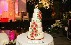 Romantic red roses wedding cake by keekjes