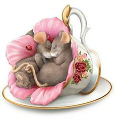 Mice in teacup