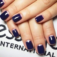 #Moodoftheday: Half moon manicure #alessandro #alessandrointernational #alessandronails #halfmoon #nailart #manicure