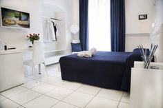 Dimora Salernum Salerno Situated in central Salerno, Dimora Salernum is a 10-minute walk from the ferry harbour. This property offers free Wi-Fi and a furnished garden, where guests can enjoy a sweet and savoury breakfast.
