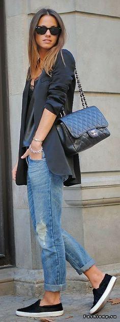 key: blazer + boy friend pants. Black heels would look nice too.