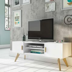 Contemporary White TV Unit with Oak Legs and Handles Tv Furniture, Furniture Design, White Tv Unit, Console Design, Wall Storage Systems, Rack Tv, Muebles Living, Bedroom Wall Designs, Striped Walls