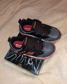 831ee5e4061c8 Skechers Kids' Rapid Flash-Uproar Sneaker Charcoal/Red Size 13 M US Little