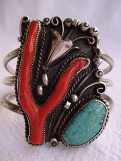 Signed Vintage NAVAJO Sterling Silver TURQUOISE & Branch Coral Cuff BRACELET