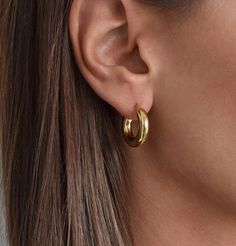 Small Gold Hoop Earrings, Small Gold Hoops, Statement Earrings, Women's Earrings, Mini Hoop Earrings, 18k Gold Earrings, Minimalist Jewelry, Jewelery, Beginner Skateboard