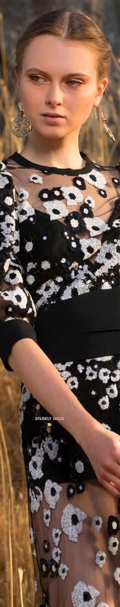 Elie Saab Spring 2021 RTW #SparklyGold ❀ Black White Fashion, Black And White, Kelly Preston, Floral Fashion, Fashion Design, Anemone Flower, Flowers, Elie Saab Spring, Elie Saab Couture