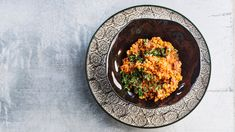 Mausteinen linssipata - katso hittiresepti ja onnistut varmasti! – Kotiliesi.fi Tasty, Yummy Food, Hummus, Chili, Curry, Veggies, Vegan, Cooking, Ethnic Recipes