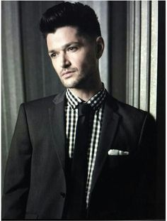 The Script - Danny - not sure of this pic but hey its still Danny so am pinning it anyways Hottest Male Celebrities, Celebs, Danny The Script, Kaiser Chiefs, Danny O'donoghue, Daniel Johns, One Republic, Soundtrack To My Life, Jon Bon Jovi