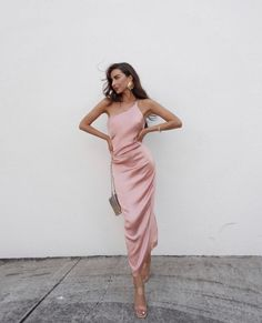 Tienna Dress - Blush - Petal & Pup USA - The Effective Pictures We Offer You About edgy outfits A quality picture can tell you many things. Pretty Dresses, Women's Dresses, Evening Dresses, Fashion Dresses, Formal Dresses, Satin Dresses, Pink Silk Dress, Silk Midi Dress, White Satin Dress