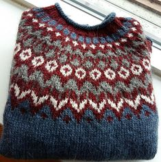 Ravelry: Project Gallery for Riddari pattern by Védís Jónsdóttir Knitting Projects, Knitting Patterns, Women's Sweaters, Sweaters For Women, Icelandic Sweaters, Sweater Weather, Hair Inspiration, Crocheting, Knitwear