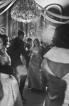 thenewmanhattanite:  Jane Fonda dancing at a charity ball at the Waldorf Astoria, November, 1958. Another dreamlike photograph by Yale Joel.