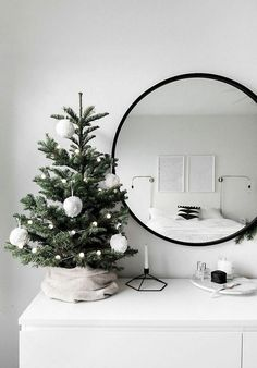 If you are looking for Minimalist Christmas Decor Ideas, You come to the right place. Here are the Minimalist Christmas