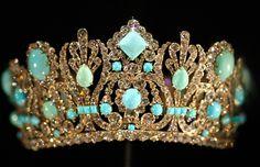 Turquoise diamond tiara