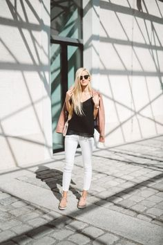 Espadrilles, Zara, Travel Outfits, Platform Sneakers, Chic, Pants, Fashion, New Love, White Shoes