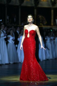 Anna Netrebko. I am learning to like. At least the boldness of this fine singer.  Not a voice I will love, but she is a joy to watch.. In concert she is without fear.