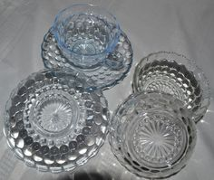Bubble glass Treasure Hunting, Punch Bowls, Depression, Bubbles, Old Things, Dishes, Antiques, Glass, Antiquities