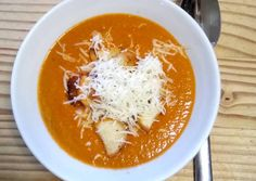 Svédgomba leves   Tinyo receptje - Cookpad receptek Thai Red Curry, Food And Drink, Soup, Ethnic Recipes, Soups