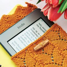Lace-knitted Kindle Cosy – Free Knitting Pattern « FREE CRAFTS & TUTORIALS...