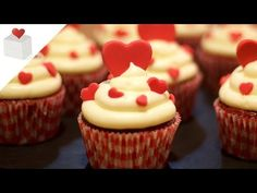 Cupcakes Red Velvet para San Valentín, el día de los enamorados - YouTube