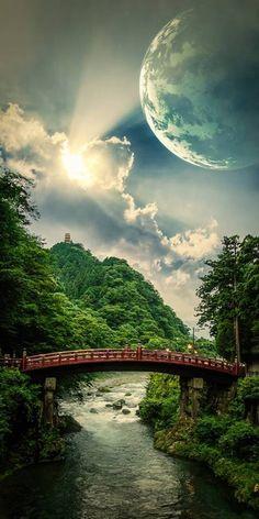 Maan boven brug