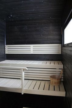 Saunas, Spa Interior, Interior Design, Sauna Shower, Sauna Design, Finnish Sauna, Sauna Room, Spa Rooms, Construction
