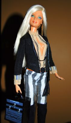 ♥•✿•♥•✿ڿڰۣ•♥•✿•♥  MAC Barbie   ♥•✿•♥•✿ڿڰۣ•♥•✿•♥