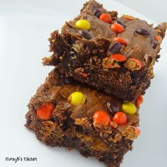 Best Ever Brownies Peanut Butter Style! Loaded with miniature peanut butter cups and reeses pieces, these will provide all kinds of chocolate/peanut butter comfort!