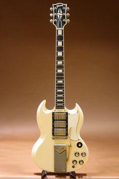 Check out these gibson guitar 7972 Sg Guitar, Guitar Pics, Jazz Guitar, Music Guitar, Guitar Amp, Cool Guitar, Gretsch, Epiphone, Gibson Sg