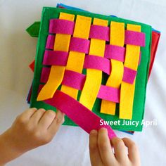Weaving Quiet Book Page by SweetJuicyApril on Etsy Diy Quiet Books, Baby Quiet Book, Felt Quiet Books, Quiet Book Templates, Quiet Book Patterns, Felt Diy, Felt Crafts, Sensory Book, Fidget Quilt