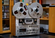 SONY TC-880-2  -  Reel to Reel Tape Recorder with rich, warm, transparent sound | by Hannes Frick