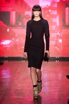DKNY Fall 2013 Ready-to-Wear Runway - DKNY Ready-to-Wear Collection - ELLE