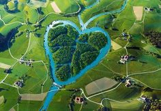 The Heart River | Amazing Pod  The Heart River is a Tributary of the Missouri River, Apporximately 180 Miles (290 km) Long, in Western North Dakota in the United Sates