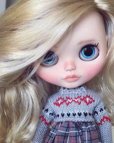 Blythe de LODELLA Pullip Custom, Custom Dolls, Ooak Dolls, Blythe Dolls, Doe Eyes, Kawaii Doll, Little Doll, Felt Dolls, Girly Things