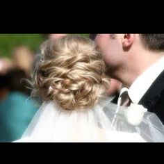 Bridal hair with braids. Bridal hair with braids. Bridal hair updos with braids. Bridal hair down with braids. Wedding Hair And Makeup, Wedding Updo, Wedding Beauty, Hair Makeup, Bridal Updo, Wedding Bride, Bridal Headpieces, Pretty Hairstyles, Braided Hairstyles