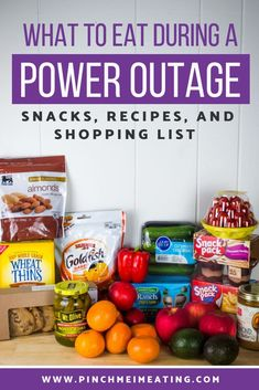 Preparing for a hurricane or snow storm? Make sure you have enough food for a power outage. But what should be on your grocery list? Check out these hurricane snacks and hurricane food ideas to make sure you're ready! Not only snacks but recipes for no-co Emergency Preparedness Food, Hurricane Preparedness, Emergency Food Supply, Hurricane Evacuation, Hurricane Punch Recipe, Foods To Eat, Real Foods, Hurricane Supplies, Non Perishable Foods